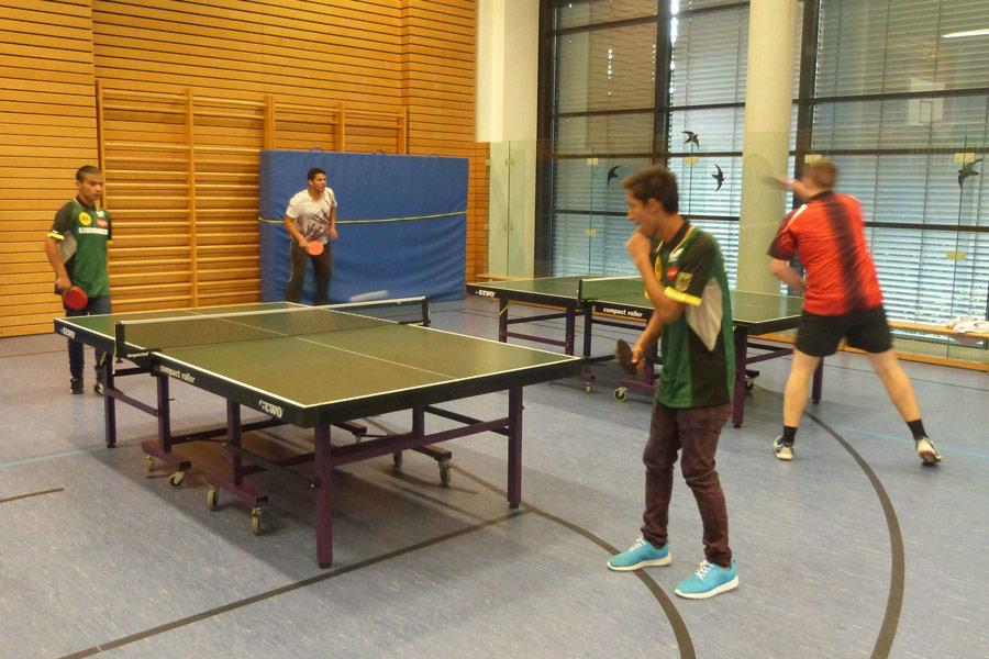 Tischtennis als Sportangebot für Flüchtlingskinder